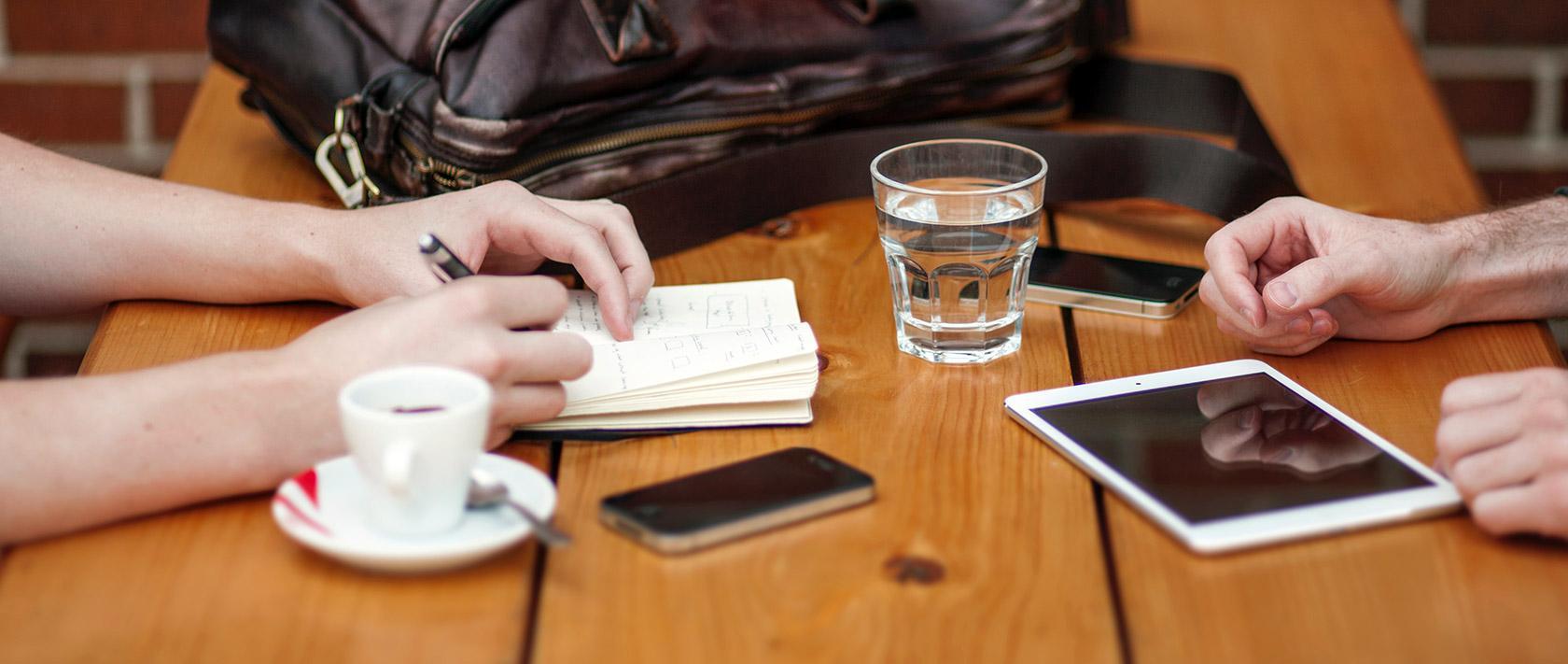 Entrevistar ayuda a definir arquetipos de usuarios