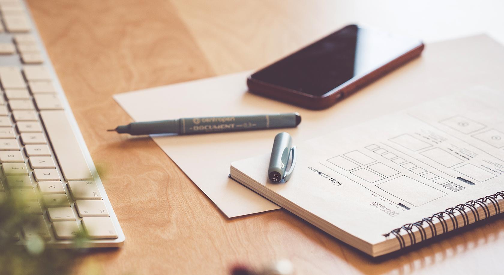 Los diseñadores que hacen preguntas inteligentes son parte de los métodos de pensamiento de diseño