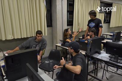 Toptal Roadtrip South America: Toptal and UniVap Tech Night - Feb 22, 2016